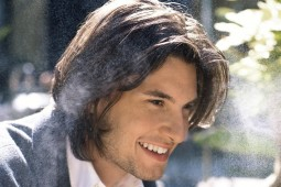 headshot of smiling actor Ben Barnes